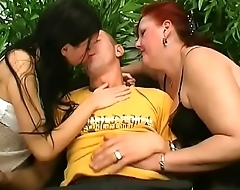 MILF and not young girl share this young cock with great pleassure