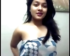 Bangladeshi Girlfriend Show her Body