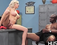 Inked cheerleader Vyxen Steel deepthroats rough fucking BBC