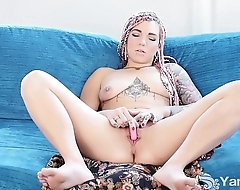 Tattooed Yanks Pixie Lehaj Masturbating