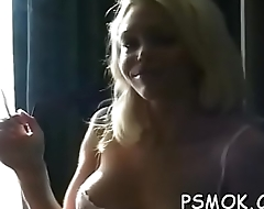 Stunning chick gives a oral-service with hot eye contact