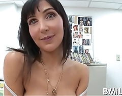 Sexy mother i'_d like to fuck sits down on biggest ramrod and gives a ride