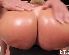 Shemale slut gets her arsehole willing for hardcore banging