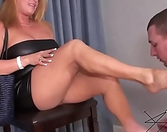 Mommy Dom Foot Fetish