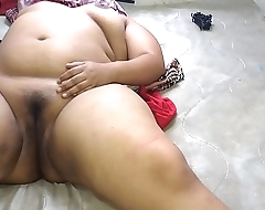 I masturbated my girlfriend, a Mexican chubby who also masturbates in the video, and let me record it without complaining or blackmail.