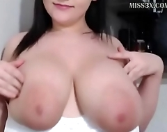 pretty lady got huge boobs and love to chat her new followers